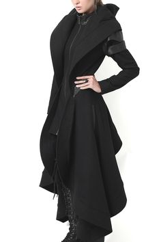 A Complete Guide to Choosing The Perfect Coat That Complements Your Taste This Season - Best Fashion Tips Cool Outfits, Fashion Outfits, Womens Fashion, Fashion Tips, Fashion Design, Dark Fashion, Gothic Fashion, Fantasy Dress, Character Outfits