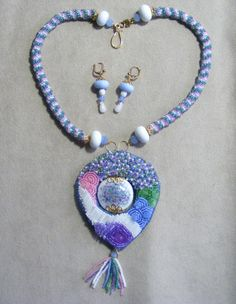 Sharyl King made this beautiful lampworked bead and I created the bead embroidered frame for it. Lampwork Beads, Beaded Embroidery, Tassel Necklace, Pancake, Blog, Soup, Beautiful, Jewelry, Frame