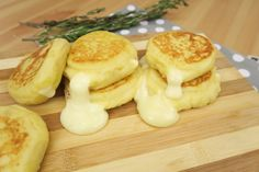 These Stuffed potato pancakes are very easy to prepare and their cheesy center makes them irresistible!   INGREDIENTS You will need: 600g of potatoes, 1 egg, 150g of flour, 60g of Parmesan cheese.   DIRECTIONS Boil the potatoes or cook them in the microwave for about 10 minutes. Mash the potatoes and add the egg, flour, and the Parmesan cheese. Spread out the mixture on a sheet of parchment paper and cut out some circles. Place cheese and ham on one circle and then cover it with another…