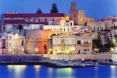 """Dal 1° al 4 giugno 2017 Otranto farà da palcoscenico alla II edizione della rassegna enogastronomica """"Suoni & Sapori del Salento e di Puglia""""."""