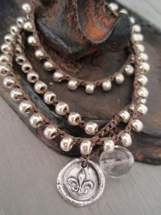 Fleur de lis wax seal crochet wrap bracelet necklace anklet - French Country - sterling silver artisan bohemian charm bracelet rustic boho on Wanelo Fall Jewelry, Boho Jewelry, Jewelry Crafts, Jewelery, Fitness Bracelet, Crochet Bracelet, Crochet Shoes, Diamond Are A Girls Best Friend, Anklet