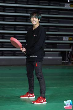 Run BTS! Ep 100 behind the scenes Bts Jungkook, Yoongi, Jungkook Fanart, K Pop, Vkook Memes, Bts Memes, Busan, Foto Bts, Playboy
