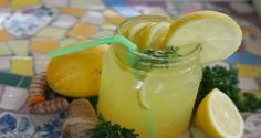 Miracle Diets - Consommez cette boisson chaque soir pour brûler les graisses du ventre - The negative consequences of miracle diets can be of different nature and degree. Healthy Drinks, Healthy Recipes, Healthy Cleanse, Paleo Ideas, Healthy Life, Healthy Food, Healthy Living, Ginger Lemonade, Pineapple Lemonade