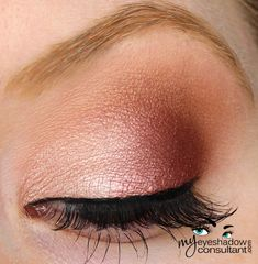 Jest (inner half of lid) Cranberry (outer half of lid) Texture (crease) Blanc Type (blend)