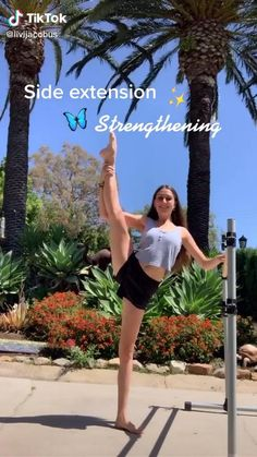 Gymnastics Stretches, Dance Stretches, Gymnastics Workout, Gymnastics Tricks, Gym Workout Videos, Gym Workout For Beginners, Fitness Workout For Women, Summer Body Workouts, Cheer Workouts
