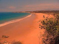 Playa Rosada... Santa Elena Ecuador. (Es Llamada así por el color de la arena originada por corales) :) i love my country!