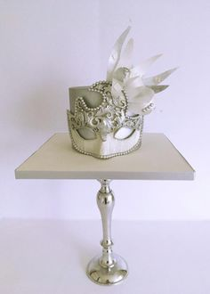 Pure silver by Cake Art Studio