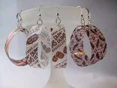 Turn a used plastic water bottle and some candy wrappers into unique accessories w/ this #ecofriendly jewelry #tutorial.