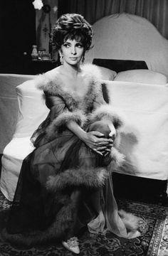 Gina Lollobrigida Pictures and Photos | Getty Images