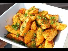 Chicken Wings, Meat, Ethnic Recipes, Curry, Food, Potato, Curries, Essen, Meals