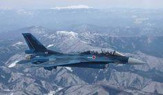 「F-2 三菱」
