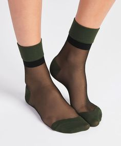 Oysho - Green and transparent sock