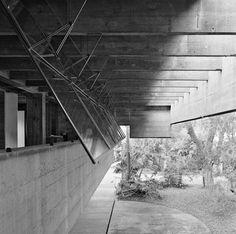 Casa no Butantã, Paulo Mendes da Rocha