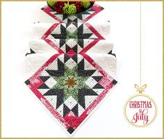 Downton Abbey Christmas Star Table Runner: Christmas in July with Fabric Depot