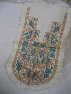 VINTAGE Floral Embroidered Bib Collar Inset  APPLIQUE by abandc, $6.99