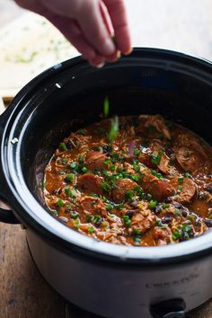 Slow Cooker Creole Chicken and Sausage - 10 minute prep for this hearty dinner, made healthier with beans and peppers.