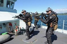 Inside Canada's new navy tactical unit taking on drug dealers, pirates and terrorists on the high seas Royal Canadian Navy, Canadian Army, Military Mom, Military Gear, Special Ops, Special Forces, Force Pictures, Ottawa, Army Police