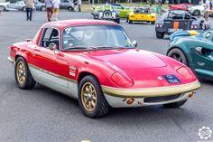 #Lotus #Elan #Sprint au Festival Lotus. Photo de Julien pour News d'Anciennes. Article original : http://newsdanciennes.com/2015/07/10/grand-format-news-danciennes-au-festival-lotus/ #Vintage #Englishcar #Voiture #Car