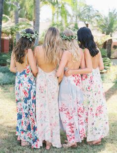 A sweet Black Friday + Cyber Monday sale from Plum Pretty Sugar for boho bridesmaid dresses and cozies!