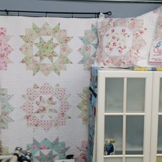 Swoon Quilt, Sparrow Studioz Longarm Quilting, Quilts, Blanket, Bed, Home, Comforters, Blankets, Stream Bed, Patch Quilt