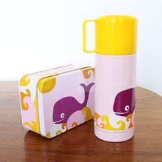 Thermos and Box with whale, from Blafre (Norway) Back To School Essentials, Vacuum Flask, Stainless Steel Bottle, Deco, I Foods, Whale, Lunch Box, Mugs, Tableware