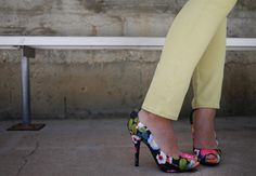 Nine West floral print shoes | http://honestlywtf.com/cool-hunting/powered-by-flower/