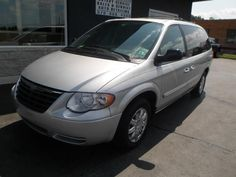 2007 Chrysler Town & Country, 89,526 miles, $9,980.