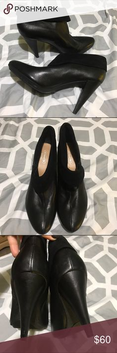 Coach ankle boots Coach ankle boots with leather and suede fold down. These are super cute and confy, used once in super good condition. Coach Shoes Ankle Boots & Booties