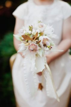 itty bitty bouquet  Photography by http://tinywater.com, Floral Design by http://atelierjoya.com