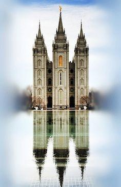 Salt Lake temple!! So pretty :)