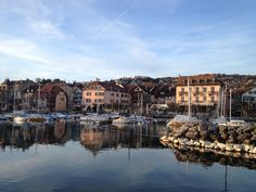 """See 100 photos and 3 tips from 656 visitors to Lutry. """"Best town near lausanne. Don't telle anyone! Lausanne, Four Square, Switzerland, School, Lake Geneva, Kunst"""