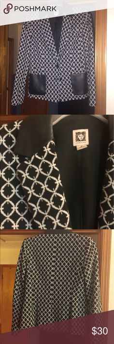 Anne Klein Black & white patterned blazer Beautiful structured blazer with soft fabric for year around wear, vegan leather collar and pockets, great condition, smoke free environment . Anne Klein Jackets & Coats Blazers