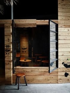 5-HASSELL-Mopho-Noodle-Bar
