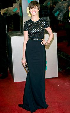 Anne Hathaway's Style Evolution: Feb. 10, 2013