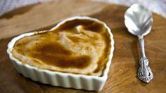 Creme brûlée de banana: sobremesa é fácil de fazer e leva pimenta da Jamaica entre os ingredientes