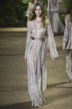 http://www.vogue.com/fashion-shows/spring-2016-couture/elie-saab/slideshow/collection