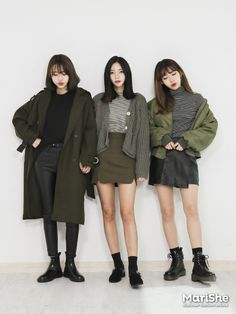 Look at this Fashionable work korean fashion Korea Winter Fashion, Korea Fashion, Asian Fashion, Autumn Fashion, India Fashion, Cute Fashion, Look Fashion, Girl Fashion, Fashion Outfits