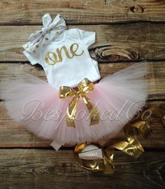 Baby girls first birthday outfit with knotted headband/Gold One 1st Birthday Outfit/Pink and Gold One Birthday Outfit - pinned by Bespokedco.com
