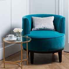 Seek comfort against excellence.With a curved back, luxury fabric and a darker base add elegance and intimate style to the piece. The Erin Tub chair can be bespoken so why not have a look at the fabric options and pick your favourite one. Photographed in Luxury Velvet Ocean, and Spirit Weaves- Kateri- Putty (found under 'Luxury Linens').
