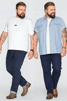 More workwear. The 2 on the left arent too bad for a casual office, the one on the right.no graphic tees in the office. Chubby Men Fashion, Large Men Fashion, Mens Plus Size Fashion, Style Casual, Men Casual, Casual Outfits, Vetement Fashion, Mode Plus, Plus Size Men