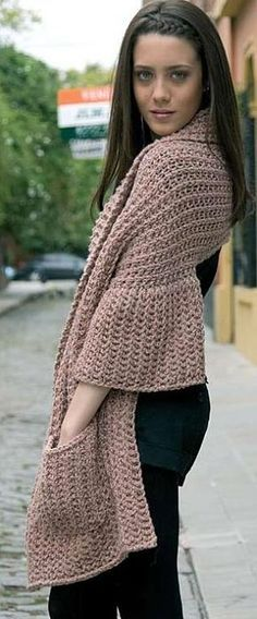 link leads to a beauty blog, but this is a great inspiration idea for a pocketed shawl!