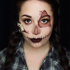 Looking for for inspiration for your Halloween make-up? Browse around this website for unique Halloween makeup looks. Scary Scarecrow Costume, Scarecrow Halloween Makeup, Unique Halloween Makeup, Halloween Costumes Scarecrow, Pretty Halloween, 31 Days Of Halloween, Scary Halloween, Ghost Costumes, Tutu Costumes