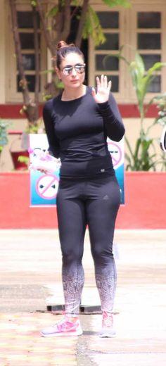 Deepika Padukone Photos [HD]: Latest Images, Pictures, Stills of Deepika Padukone - FilmiBeat Kareena Kapoor Navel, Kareena Kapoor Khan, Deepika Padukone Latest, Karena Kapoor, Sporty Girls, Lakme Fashion Week, Latest Images, Indian Celebrities, Priyanka Chopra