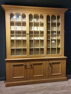 Photo - Google Photos Mark Davis, Antique Interior, Housekeeping, 19th Century, Pine, Cupboards, Dresser, Antiques, Interiors