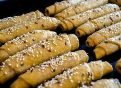 Nejjemnější jednoduché domácí rohlíky   NejRecept.cz 20 Min, Hot Dogs, Sausage, Pizza, Food And Drink, Homemade, Baking, Vegetables, Ethnic Recipes