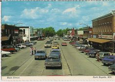 Park Rapids Minnesota 1970's Postcard. Yes, we park in the middle of the street, because we can.