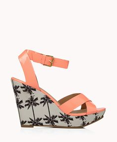 Faux leather and a Hawaiian theme? Of course we're obsessed with these.