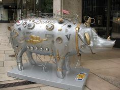 """""""Pigs on Parade""""--finding swine on Seattle city streets 