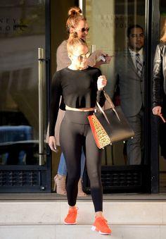 C7 Notícias e entretenimento: Capo de fusca! Jennifer Lopez exibe curvas escultu...