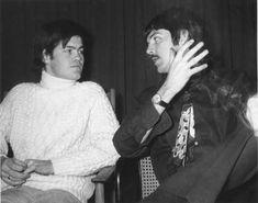 The Beatles & The Monkees Friendship | FeelNumb.com